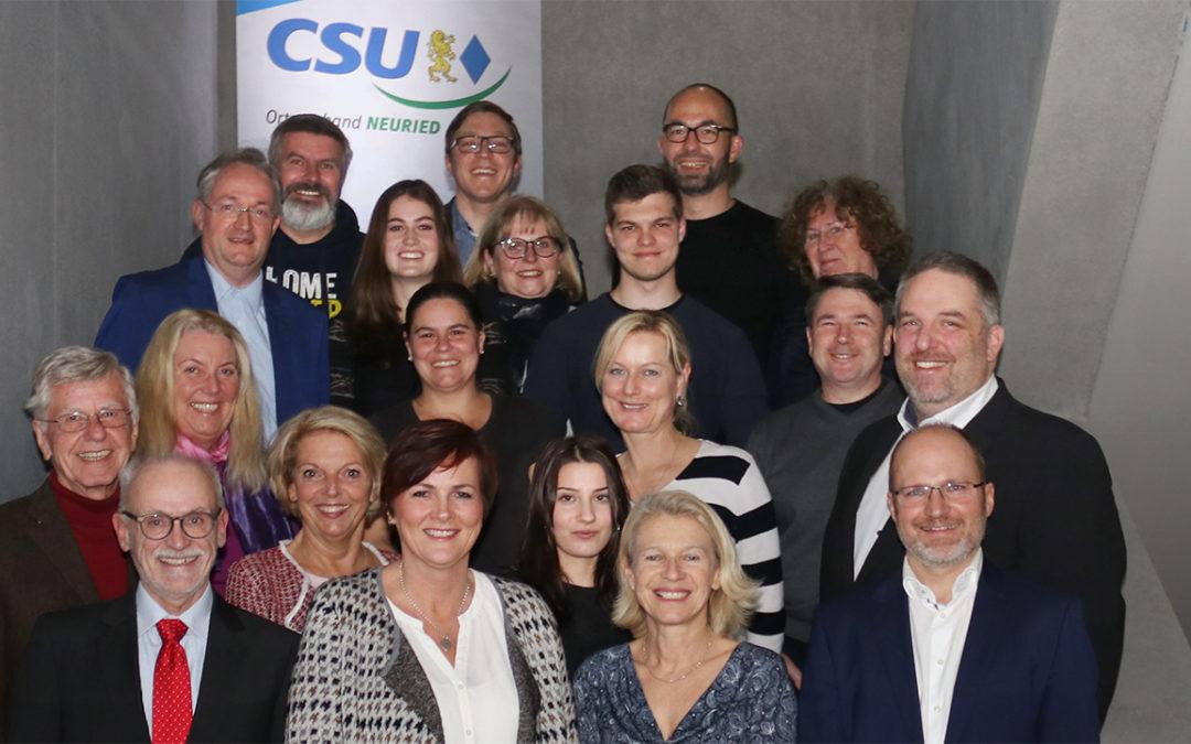 Ein starkes Team unterstützt die CSU-Bürgermeisterkandidatin in Neuried
